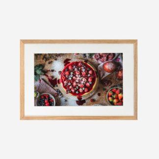 Strawberry Shortcake - Tranh khung kính treo tường 21x30cm